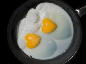Расследование:что нужно есть по утрам? Яйца!!!