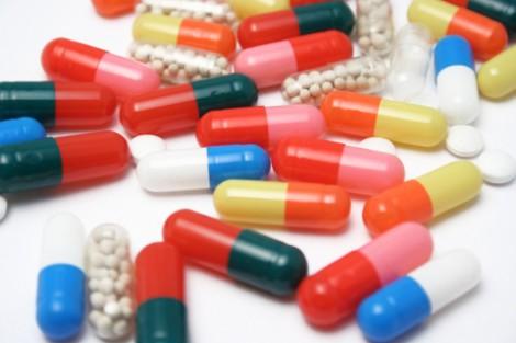 Антибиотики: преимущества и опасность