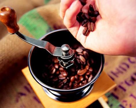 даже аромат кофе помогает взбодриться