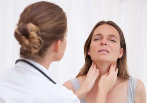 Когда показано удаление зоба щитовидной железы?