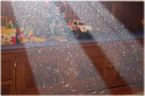 где прячется пыль в доме